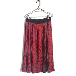 Red Floral Pleated Skirt